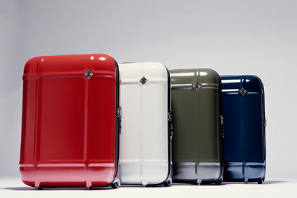 MASSAUD DESIGNED GLOBE LUGGAGE FOR FPM – FABBRICA PELLETTERIE MILANO